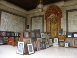 Art shops in Ubud
