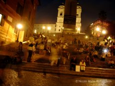 Busy Piazza de Spagna at night