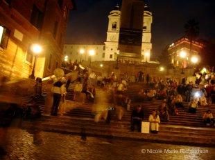 Busy Piazza de Spagna at night