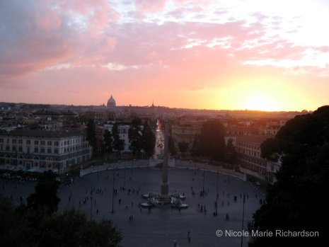 Piazza del Popolo at sun set